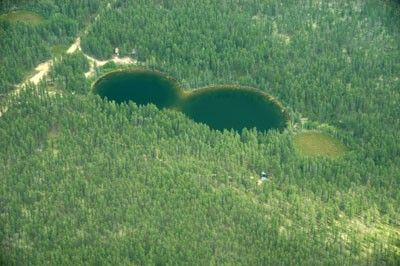 2006-07-28 Sink holes at McClelland Lake